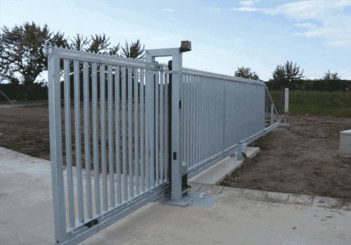 cổng đẩy tự động được lắp đặt tại Bà Rịa - Vũng Tàu