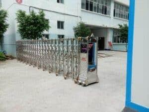 cổng xếp inox tự động tại Phan Thiết - Bình Thuận