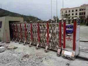 Cổng xếp inox điện cho cơ quan nhà nước