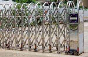Mẫu cổng xếp inox tự động giá rẻ