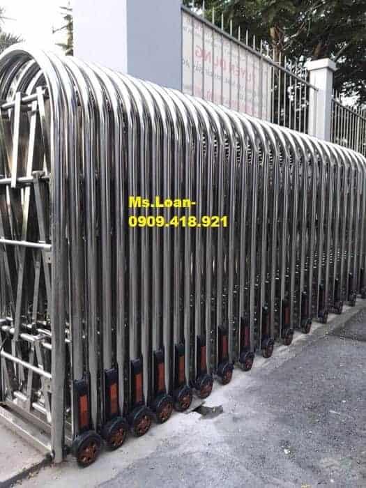 Cổng đẩy inox 304