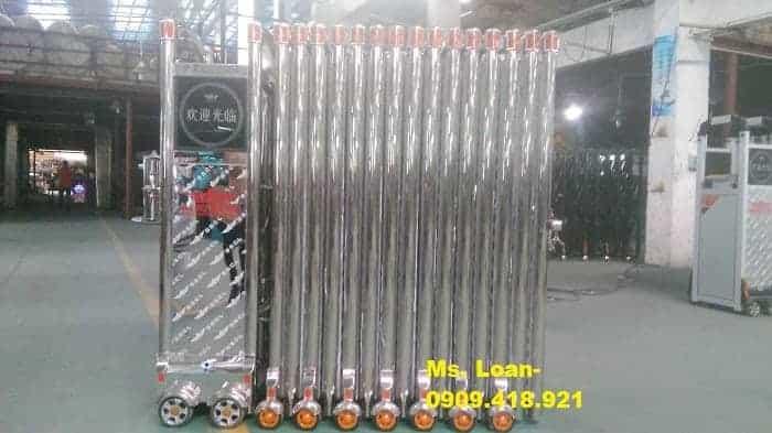 Cổng inox chạy bằng điện