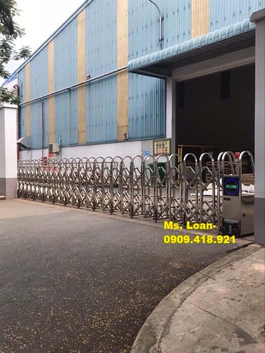 Cửa đẩy inox 304 cho cổng đơn vị