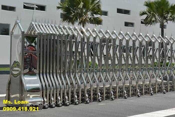Hàng rào cổng xếp điện chung cư