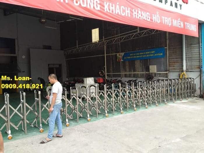 Xưởng gia công cổng xếp điện tự động